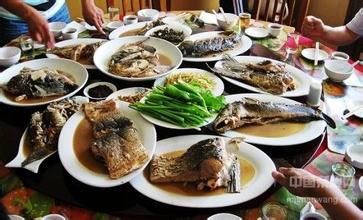 奈曼旗全鱼宴
