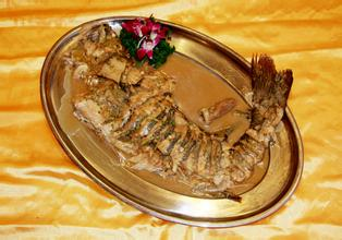 即墨铁锅炖大鱼