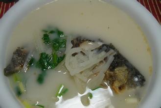 竹筍芋艿鯽魚湯