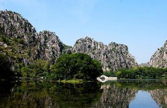 庆寿岩景区
