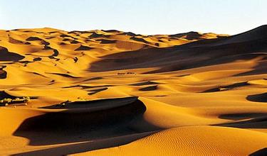 塔克拉瑪干沙漠