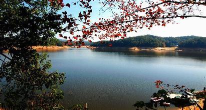 潭湖风景区