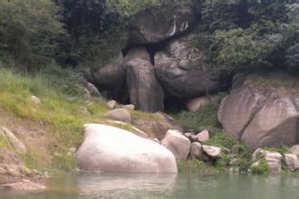 罗浮渡田河风景区