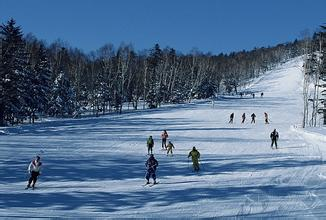 神农滑雪场