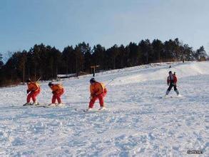 望云峰滑雪場