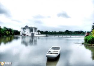 永恒水教堂