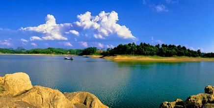 六坡水库景区