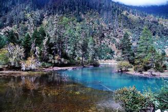 康巴莲花湖