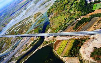 伊犁河特大桥